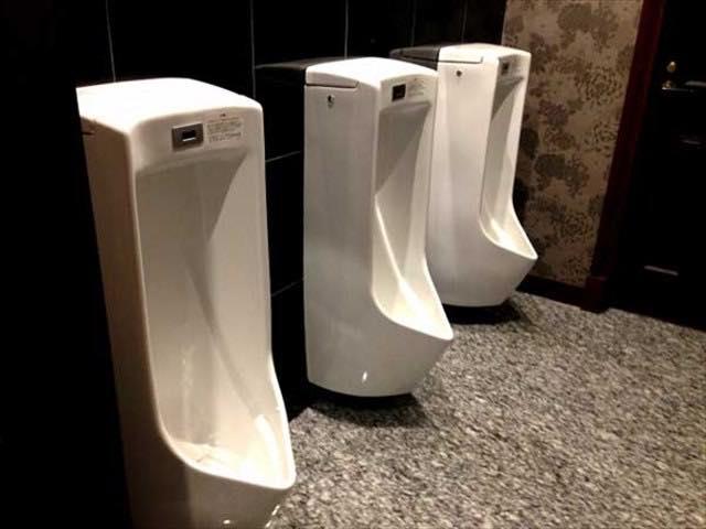 いつでもトイレはキレイに!便器コーティングの力でピカピカトイレに!