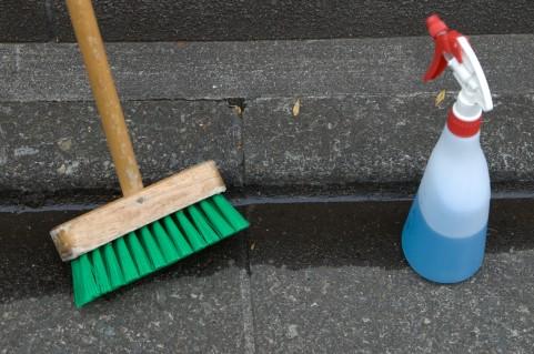 【おそうじコラム】汚れにあわせて家中キレイ♪掃除用洗剤の選び方【酸性・中性・アルカリ性】