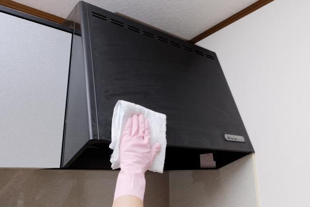 ハウスクリーニングのプロ直伝!レンジフード(換気扇)のお掃除手順