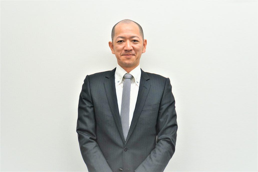 飯田 康裕(いいだ やすひろ)