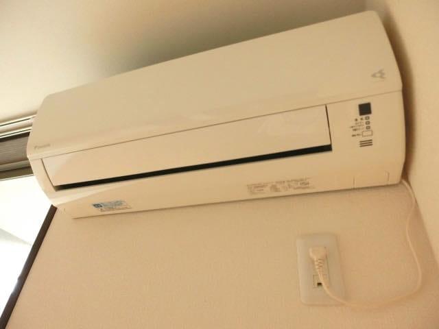 【おそうじコラム】エアコン、換気扇の修理・買い替えの前に!ハウスクリーニングで賢く節約
