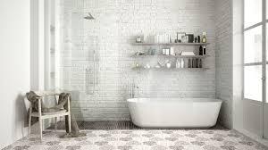 浴室タイル床の白いモヤモヤ