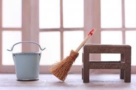家具の裏側の掃除