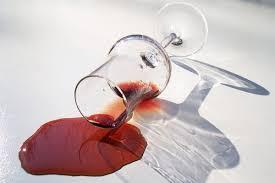 畳に赤ワインをこぼした時の対処法